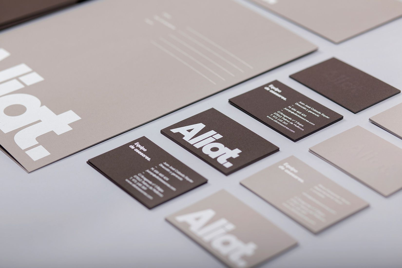 Naming and brand identity for Aliat
