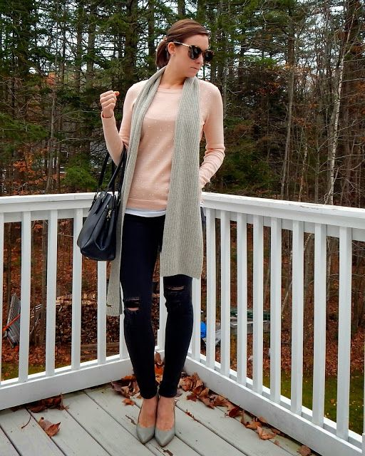 Pink and Grey : Distressed Rag and Bone Jeans