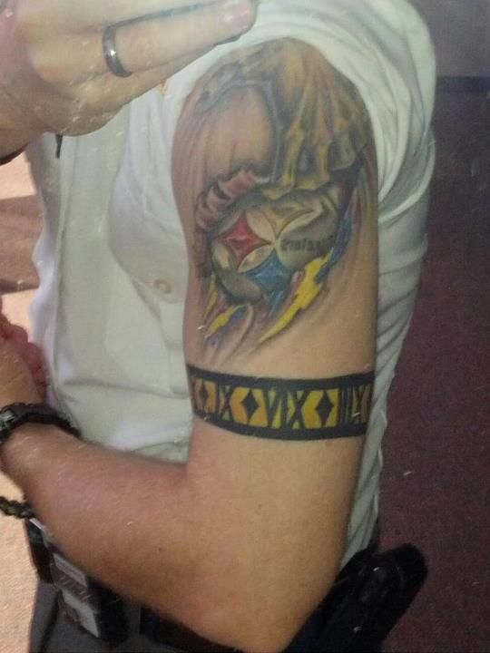 That 39 s some serious steelers ink i also love the fact he for Tattoo places in pittsburgh