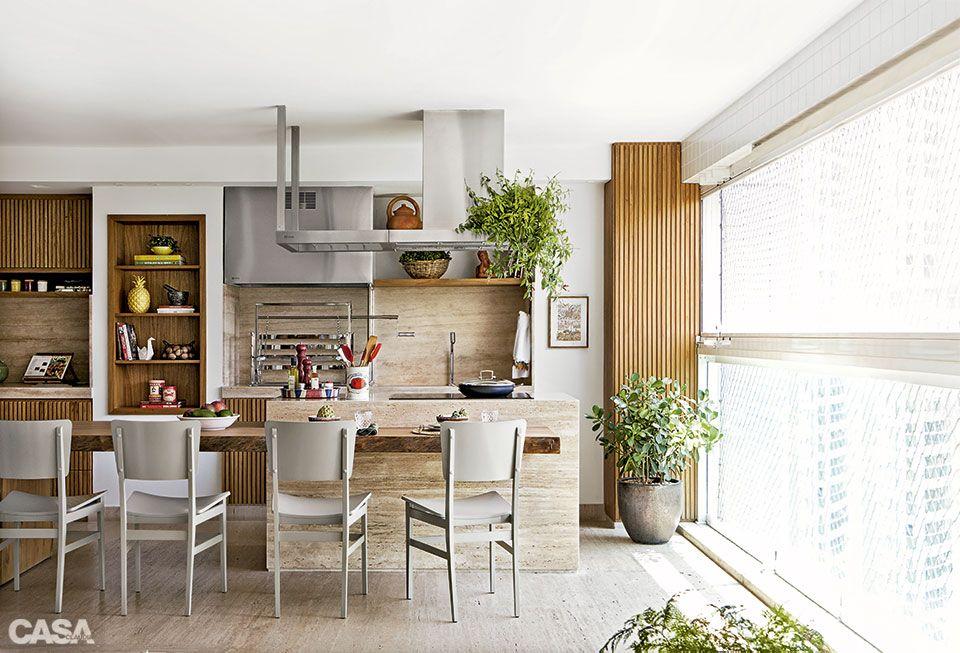 Varanda com espaço gourmet tem churrasqueira e cooktop Design Varanda de apartamento, Idéias  -> Decoração De Terraço Com Churrasqueira