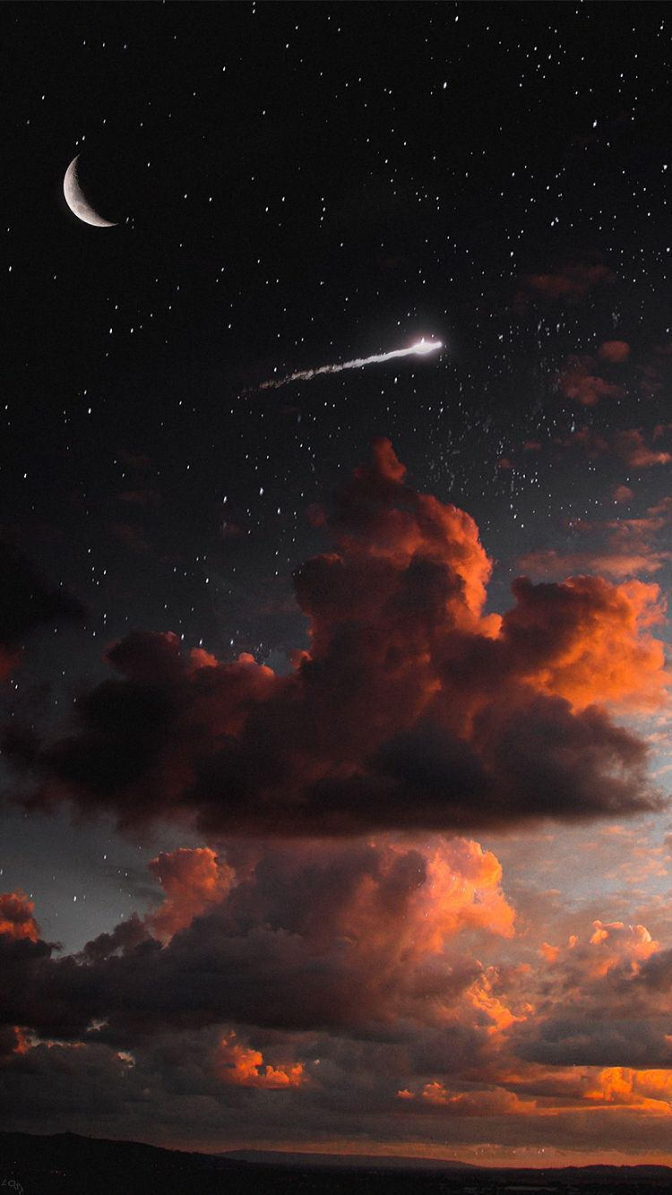 A Night Sky With A Shooting Star Night Sky Wallpaper Sunset