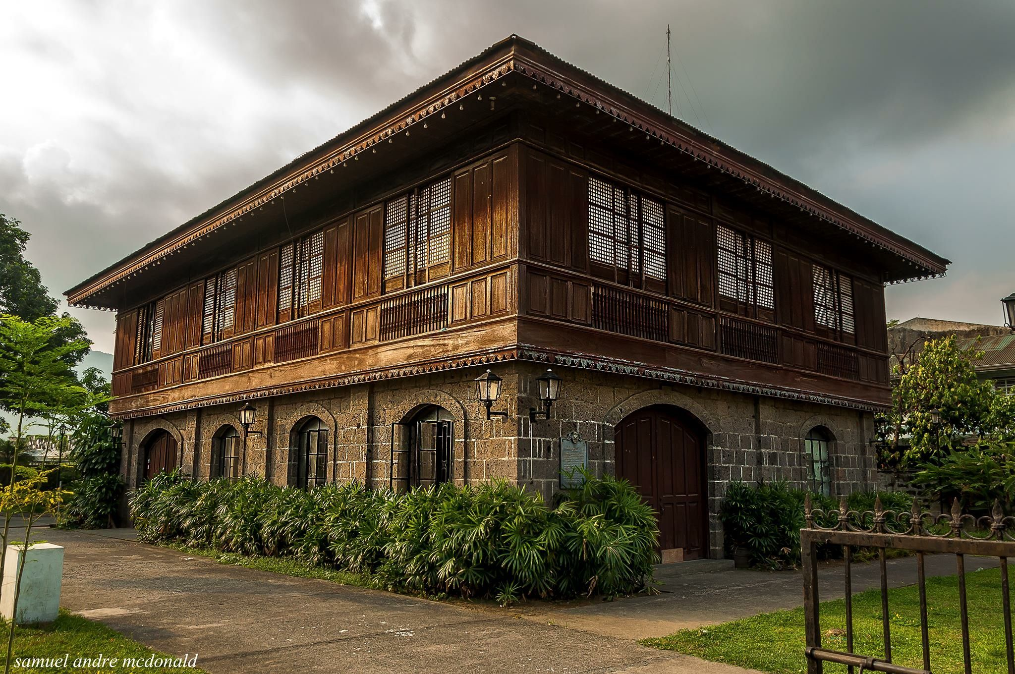 Pin by Alexei Lukban on Philippine Ancestral House ...