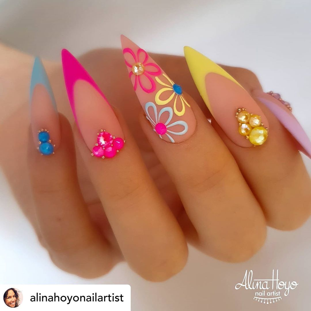 Photo of 20 Stiletto Nail Art Design Ideas For Prom In 2020 Spring and Summer