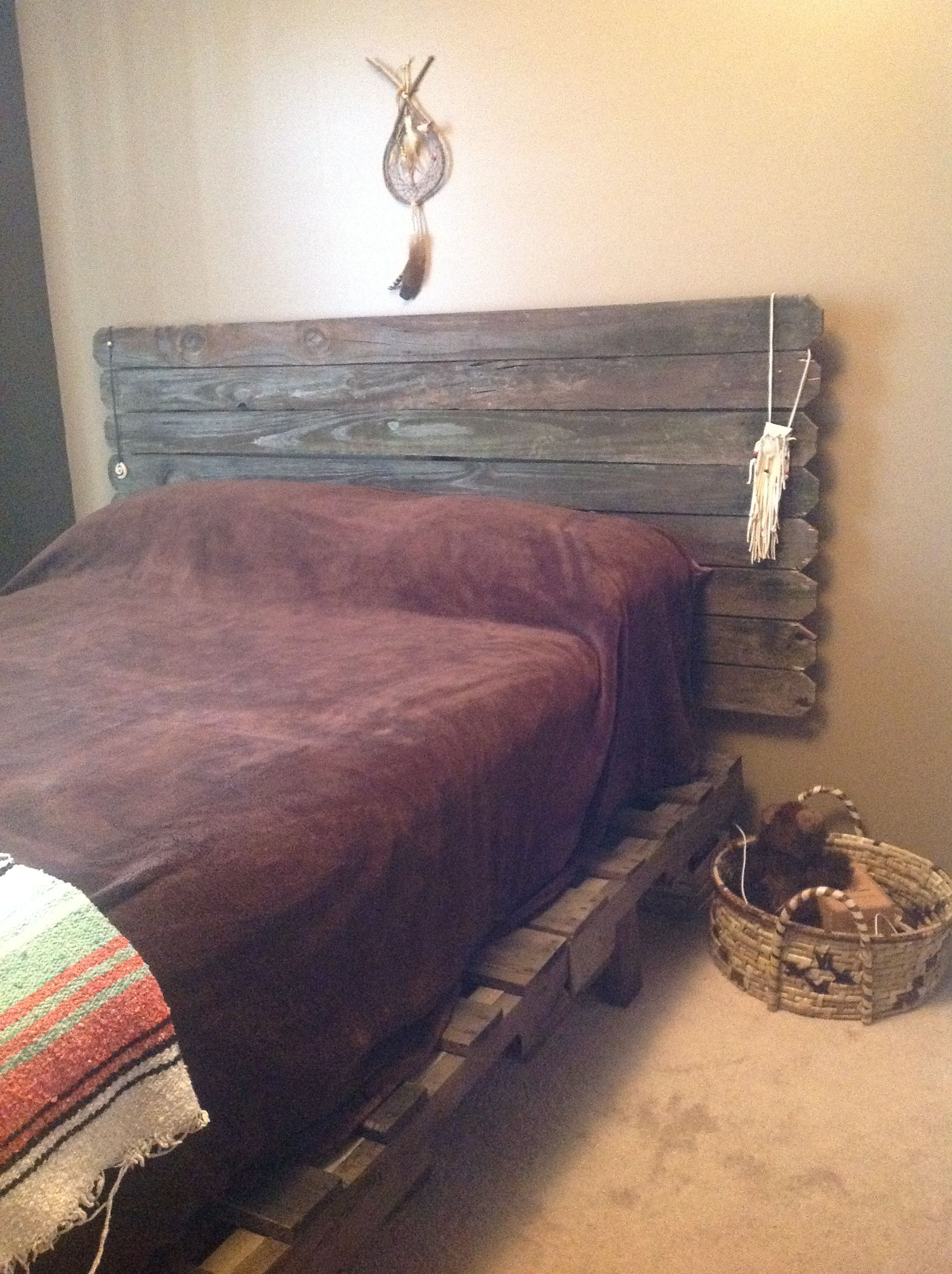 Made from pallets and old wood Pallets