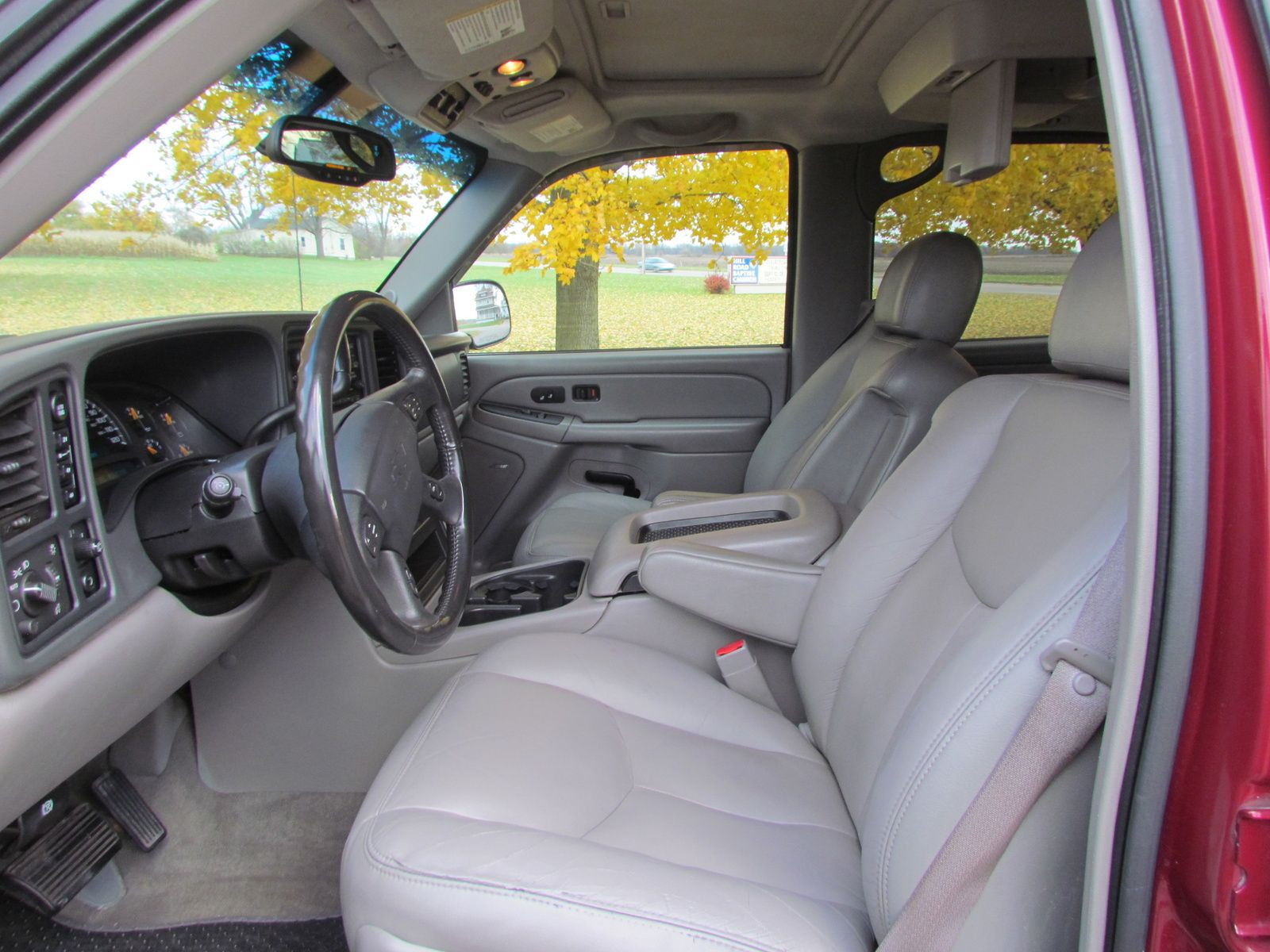 Picture Of 2004 Chevrolet Tahoe Z71 4wd Interior Chevrolet