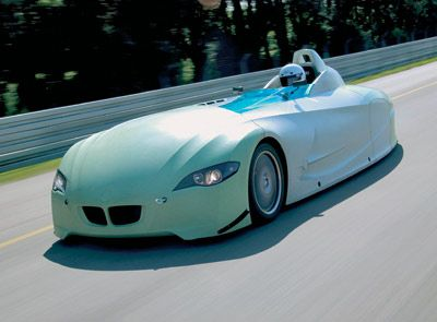 It's sleek. It's aerodynamic. It's environmentally friendly. BMW's H2R (Hydrogen Record Car) is powered entirely by the clean-burning process of liquid-hydrogen combustion, and this next-generation racecar has already set speed records in its class.