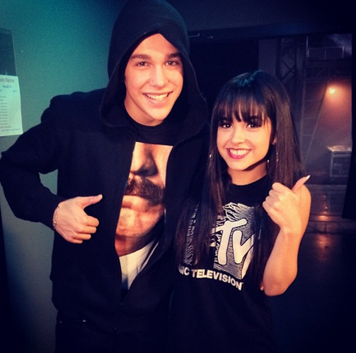 Austin Mahone Becky G Thumbs Up