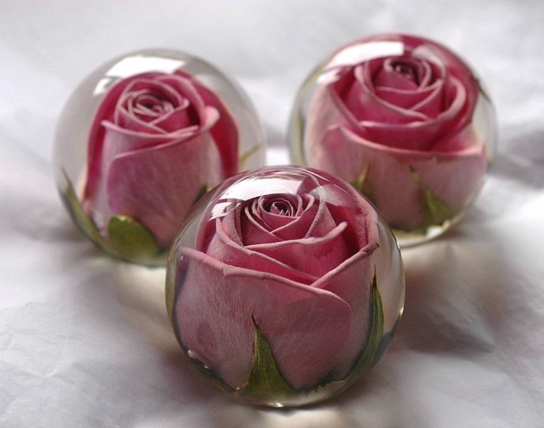 Have Your Wedding Flowers Made Into A Keepsake Paperweight By The