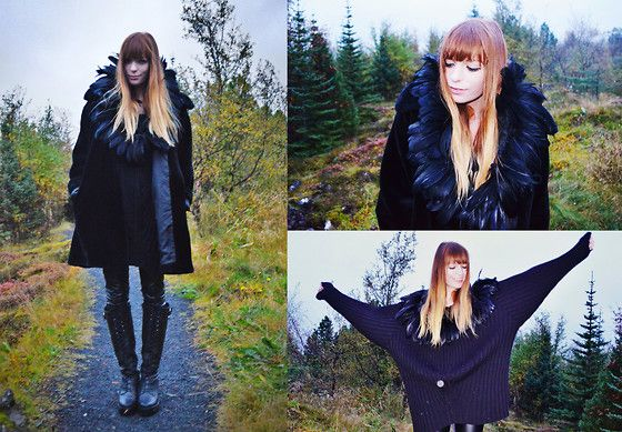 Malin Rouge - Big Vintage Sweater With Feather Collar - Iceland: The Viking's Shadow