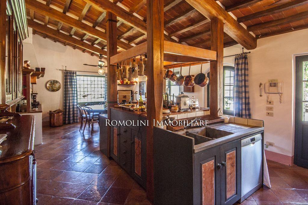 UMBRIA VILLA DI LUSSO IN VENDITA Villa di lusso, Lusso