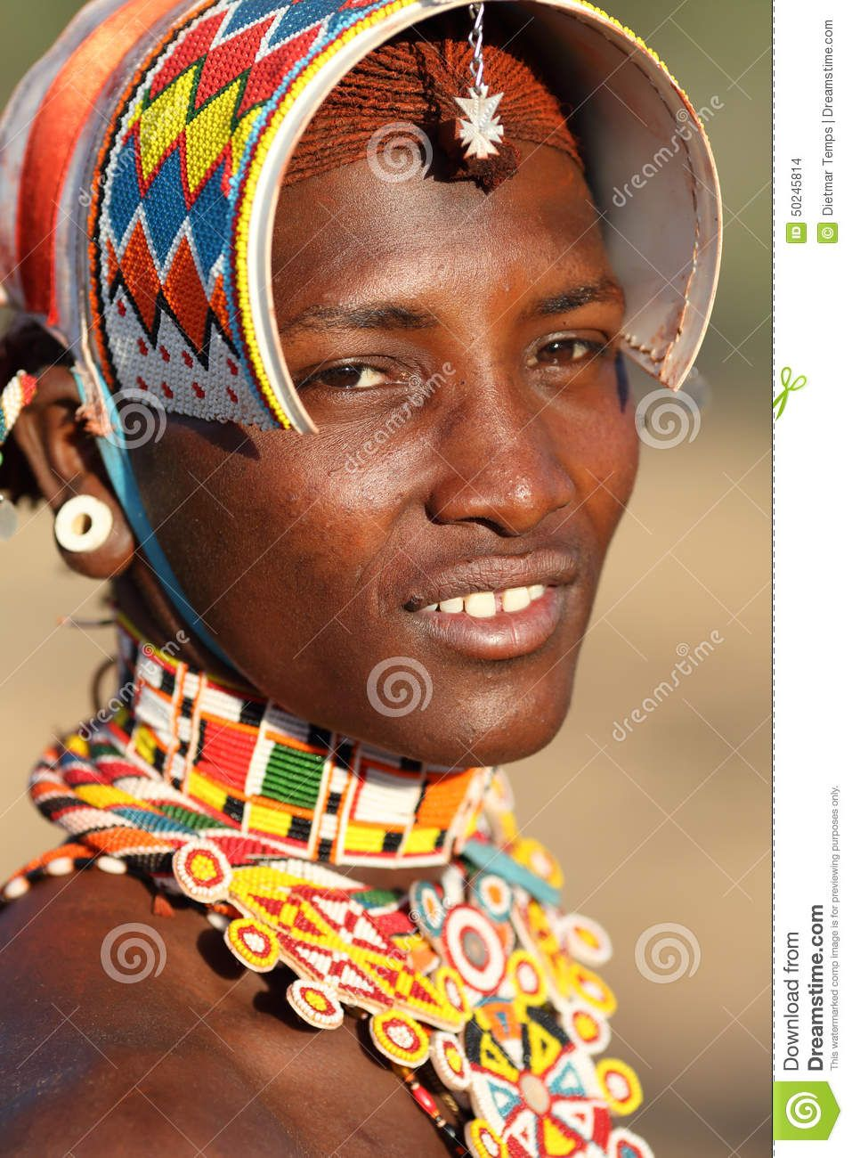 aodrnos tipicos de la mujer africana - Buscar con Google