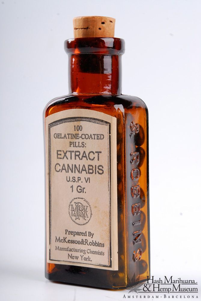 Medicine bottle, 19th century Pills with cannabis extract, made in New York.