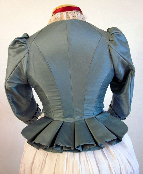 I like the back...Jacket 18th Century Zone Front Marie Antoinette Style in blue silk, size Small