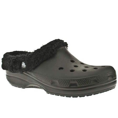Womens Crocs Mammoth Sandals with fleece lining. Mine are brown with blue plaid <3
