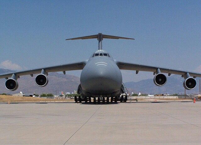 Pin By Viktorie Kafka On Amazing Aicrafts Cargo Aircraft C 5