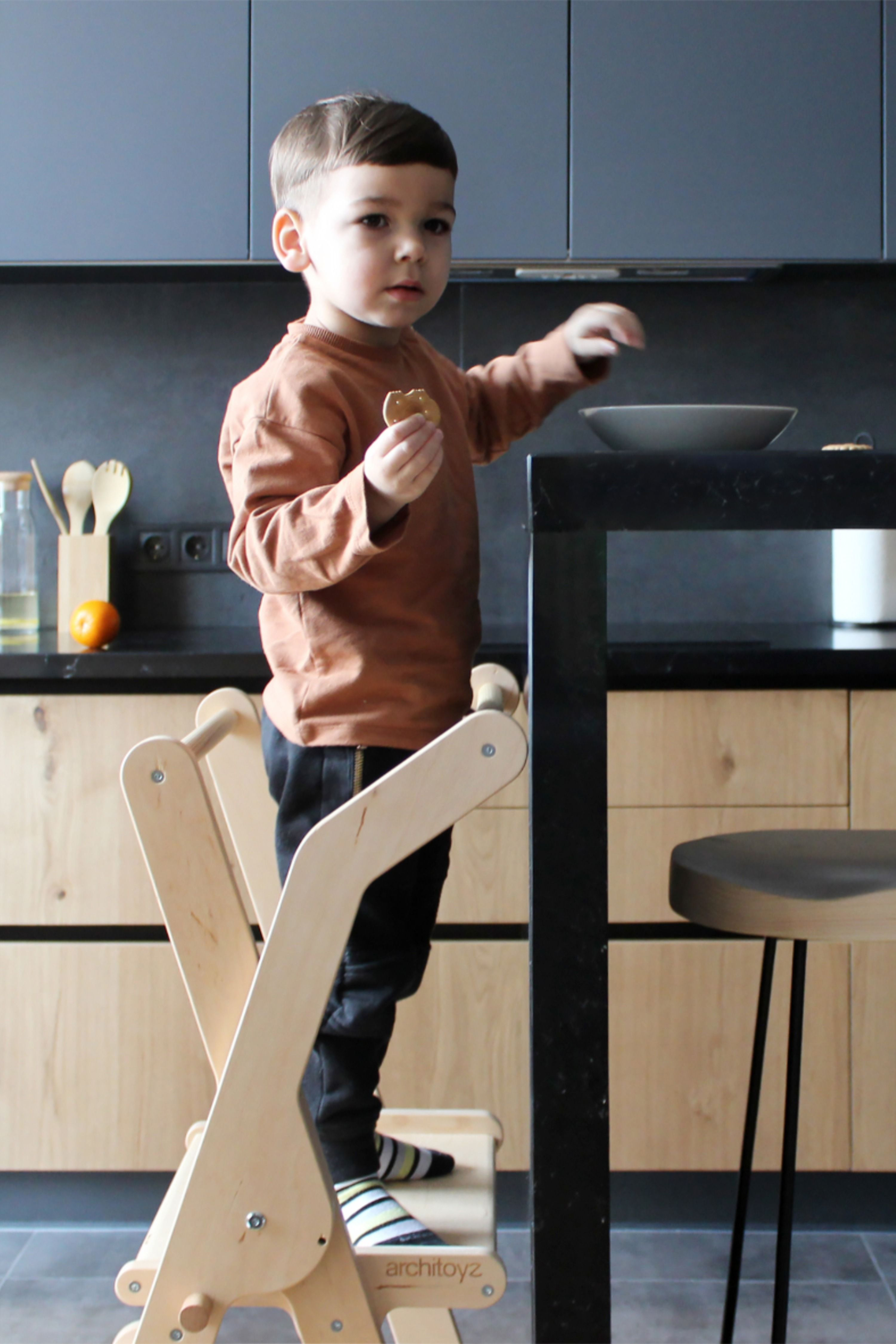 Folding Helper Tower Peak Toddler