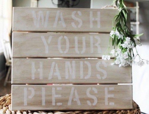 easy diy pallet wall sign