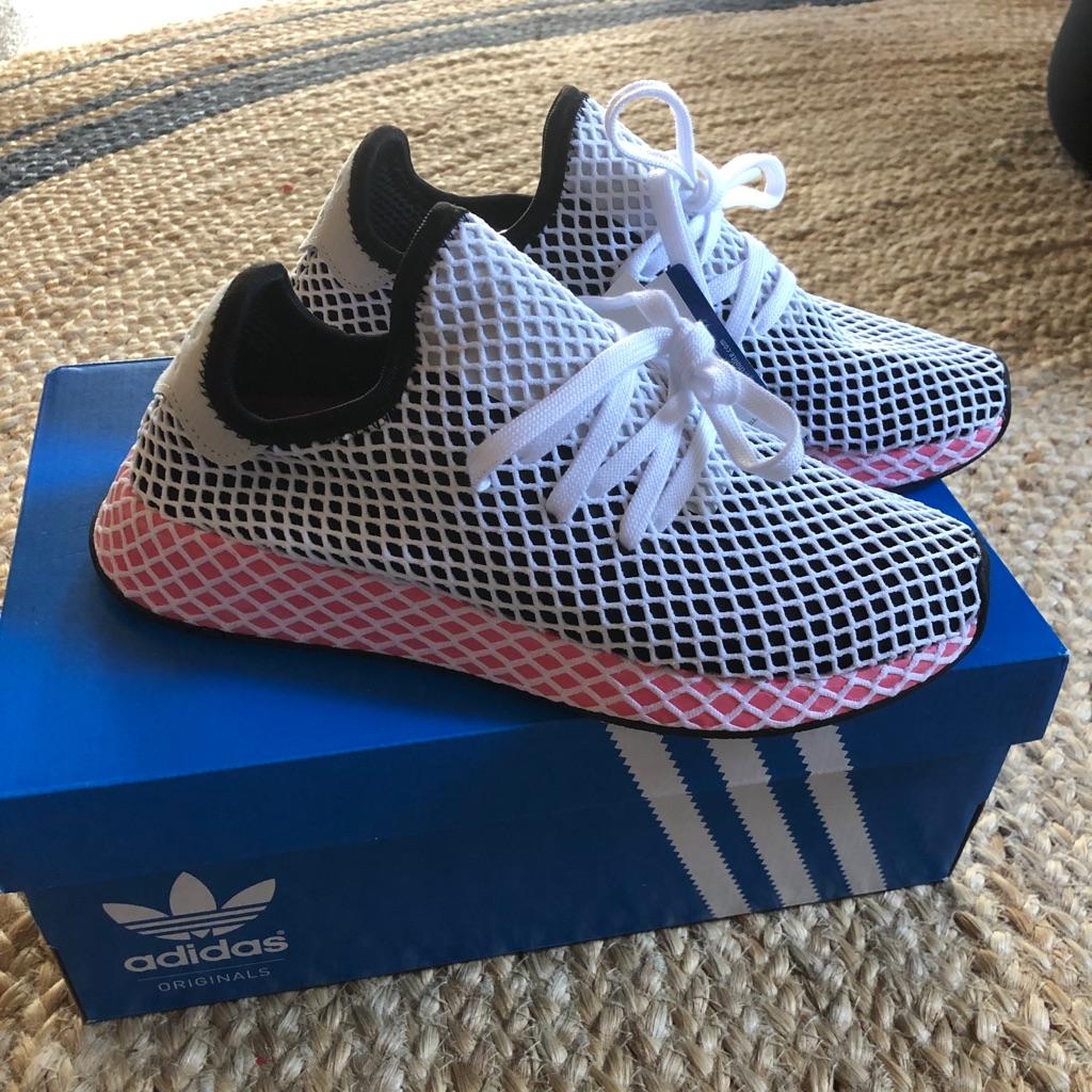 Adidas women's deerupt runner size 7