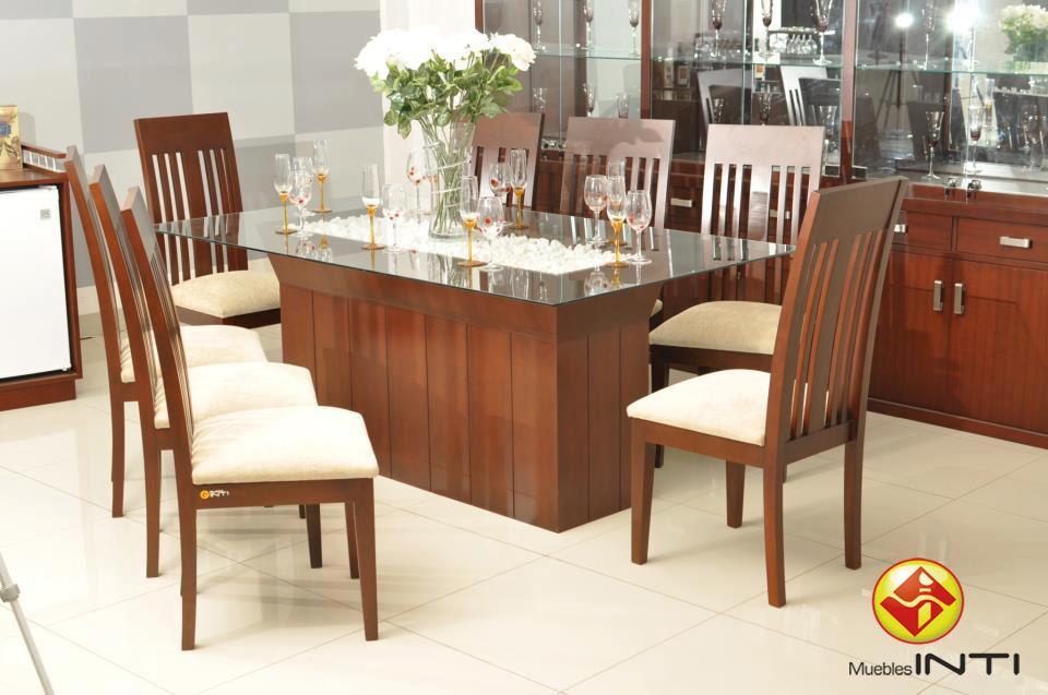 Juego de comedor con vidrio de 9 mm en el centro de la for Juego de comedor de 8 sillas moderno