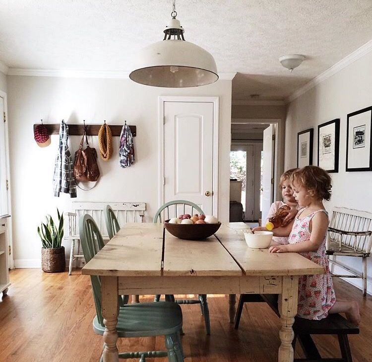 Minimal Home Decor Blog: Interview With A Minimalist: Alison Little