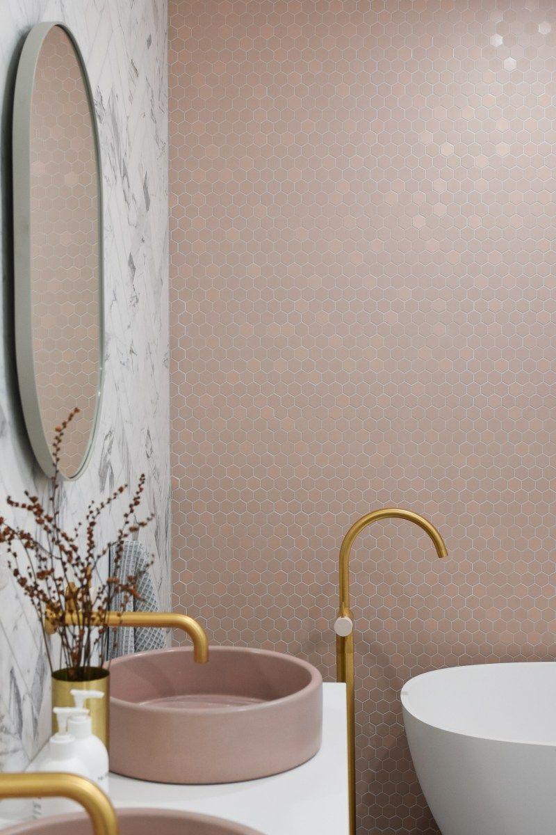 Tiling & Bathroom reveal - Episode four