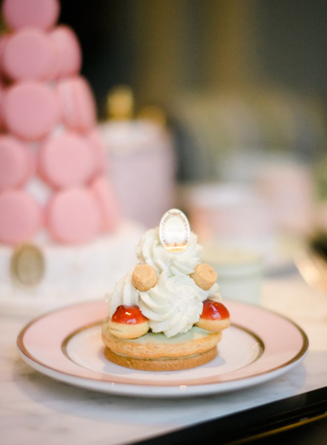 Ladurée pastries: http://www.stylemepretty.com/living/2015/09/30/tea-time-and-macarons-with-laduree-soho/ | Photography: Rebecca Yale - http://rebeccayalephotography.com/