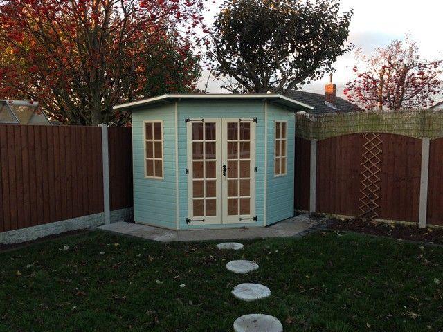 Painted Corner Summerhouse Jpg 640 480 Pixels
