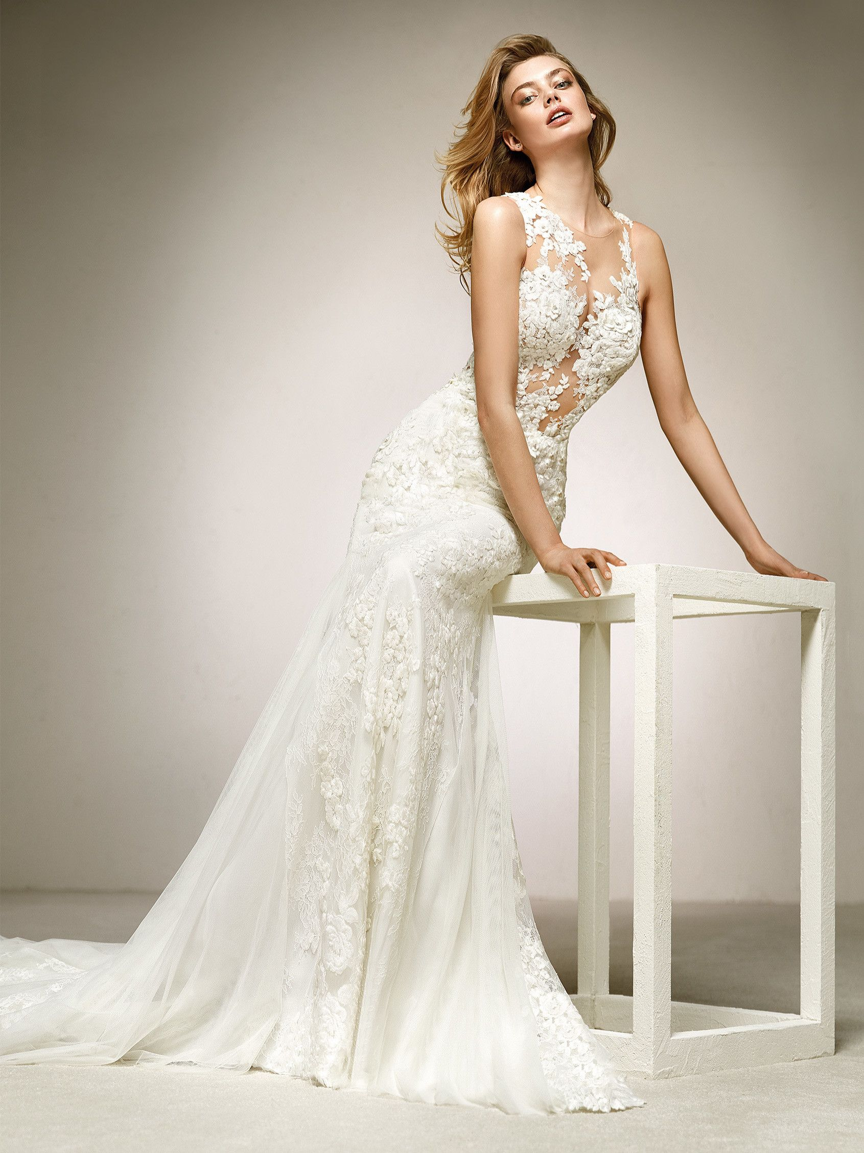 Mermaid wedding dress tattoo effect Wedding Dresses Pinterest