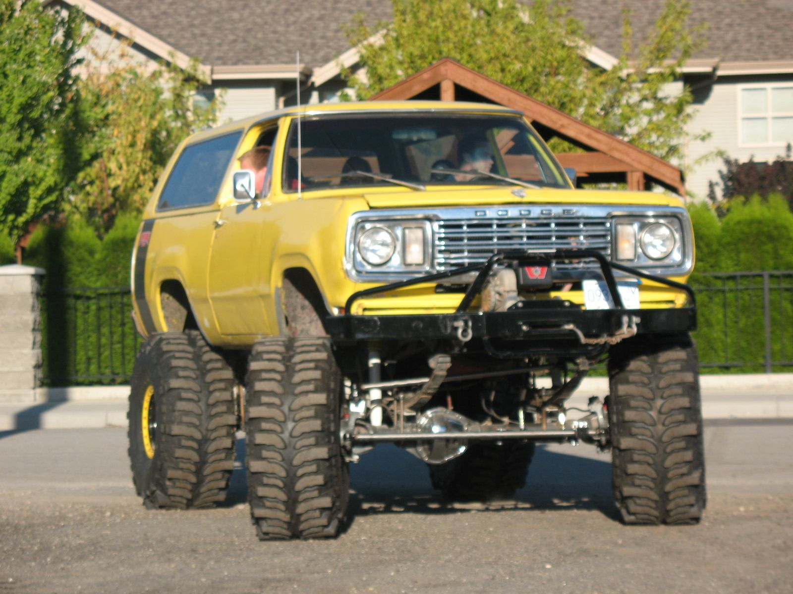 1000 images about dodge ramcharger on pinterest plymouth trucks and 4x4