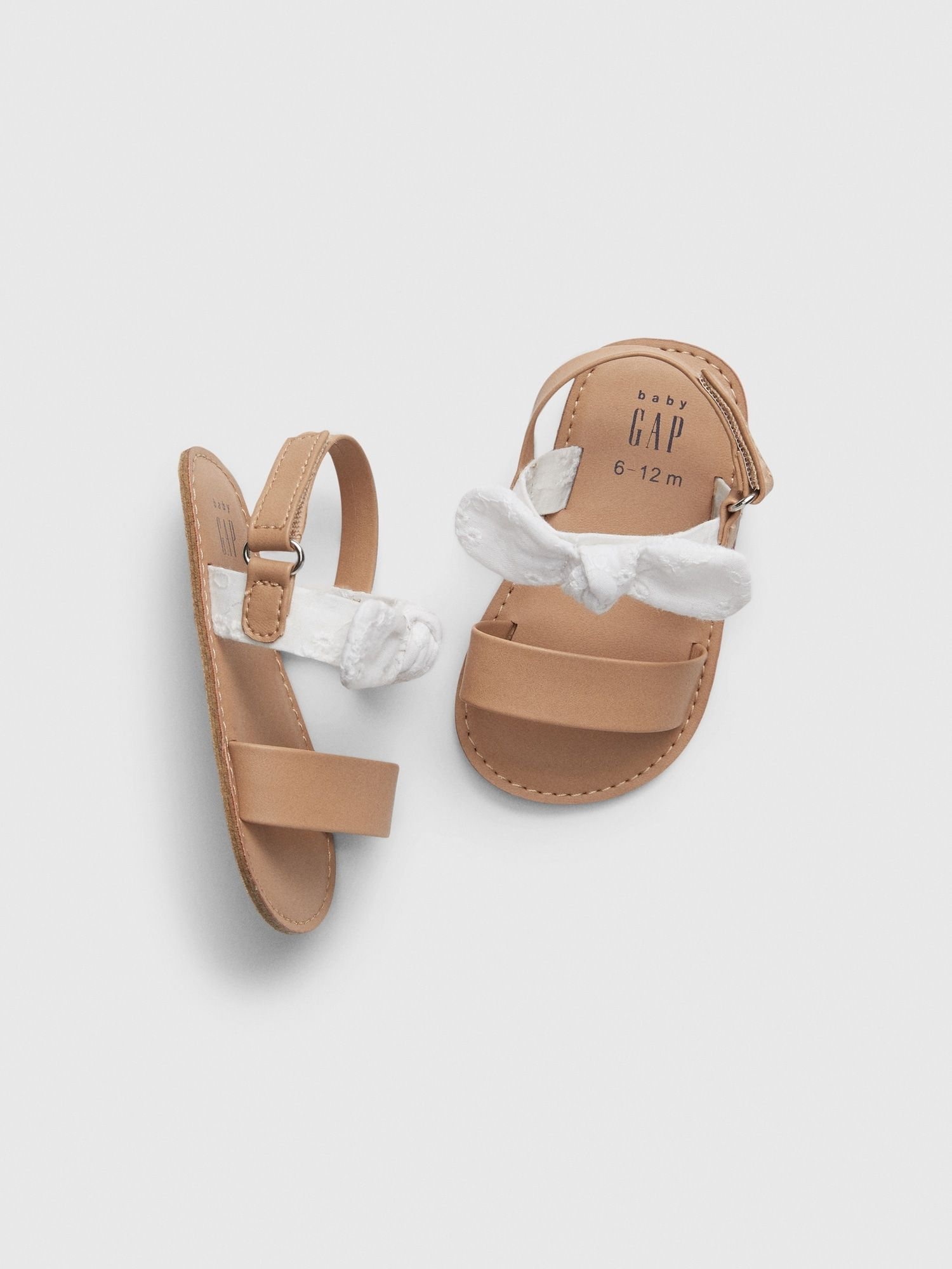Cross-Strap Sandals Flats Shoes GAP Baby Girls Size 3-6 Months White Bow