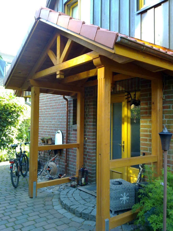 EingangsüberdachungHamburgSpitzdachnatur Vordach