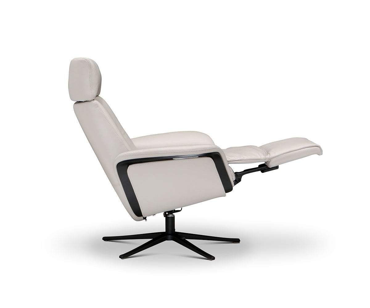 Hadsel Power Recliner In 2020 Power Recliners Modern Recliner Chairs Recliner