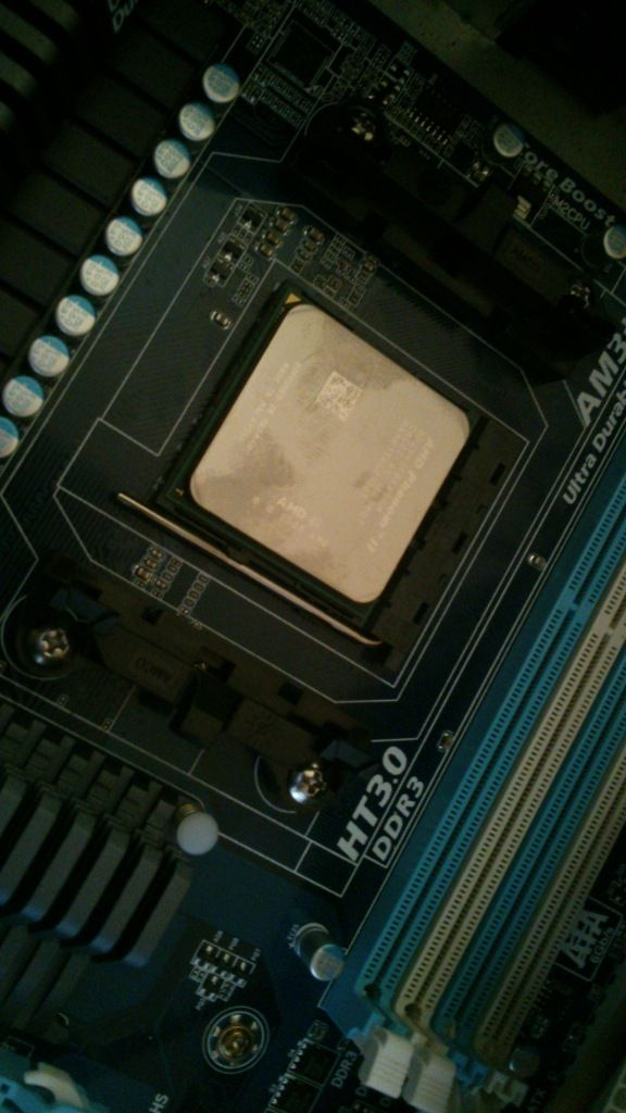AMD Phenom II 965 Quad Core with 3,4 GHz
