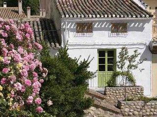 Ferienhaus am Strand, - Ferienhaus 4 Schlafzimmer, Schlafmöglichkeiten für 8Ferienhaus in Alhama de Granada von @homeaway! #vacation #rental #travel #homeaway