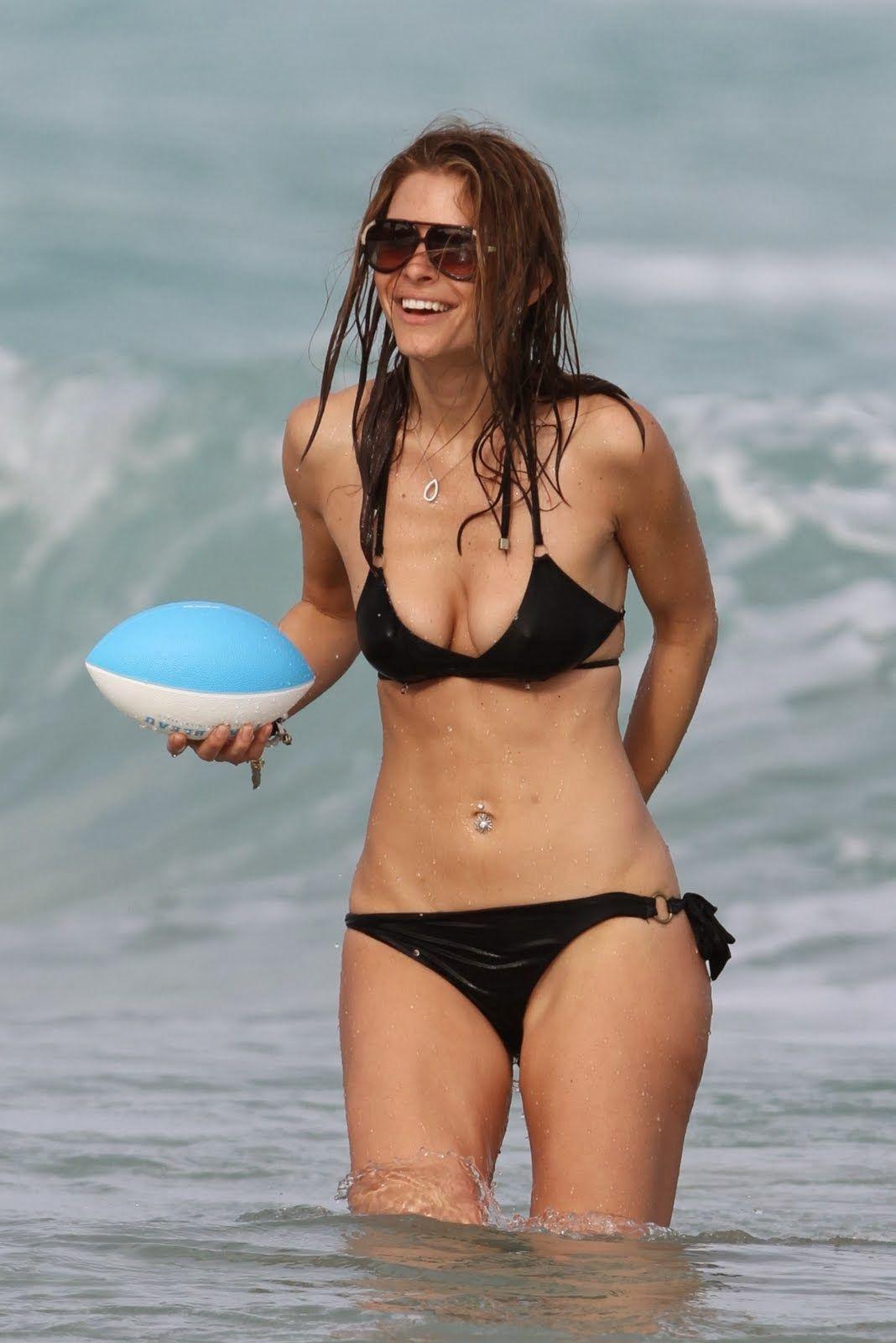 maria+menounos+bikini+candids+pussy-slip+wardrobe+malfunction+in+