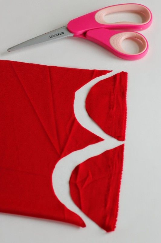 Make a No-Sew Superhero Cape for Reading Powers!   Make and Takes #captainunderpantscostume