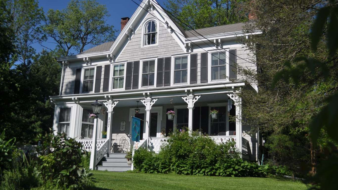 Cider Mill Inn Bed and Breakfast - Pine Island, NY in 2021 ...