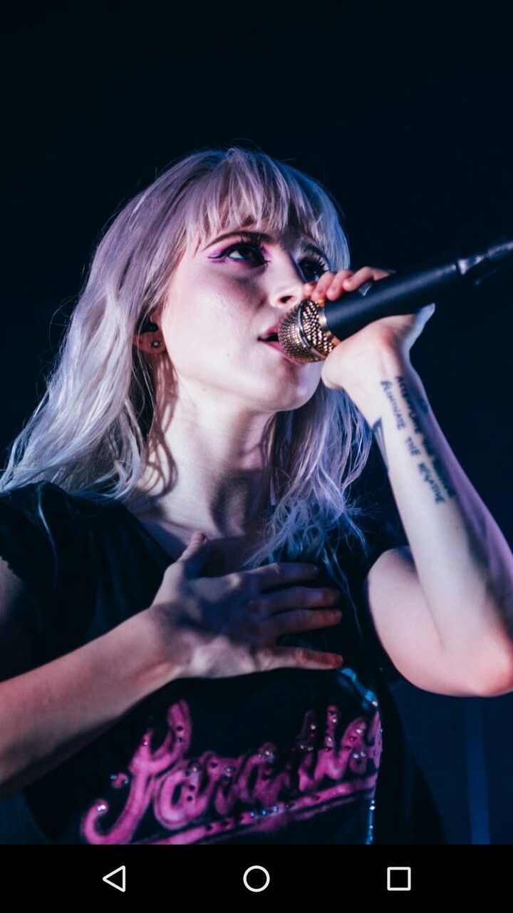 Paramore Hayleywilliams Blonde Wallpaper Afterlaughter