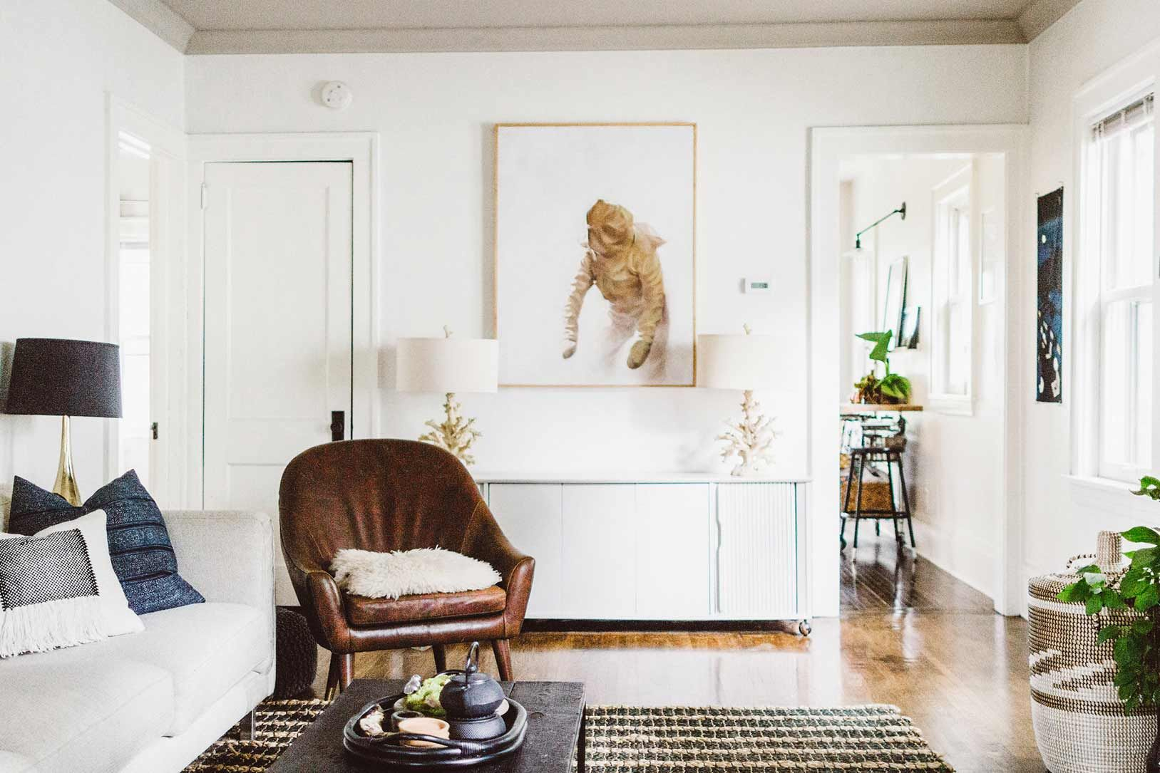 A Midwestern Home Goes From Unlivable To Enviable Design Sponge With Images Home Calming Interiors Interior