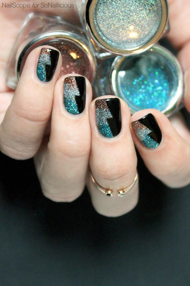 30+ Best Christmas New Year's Nails Art Design Ideas