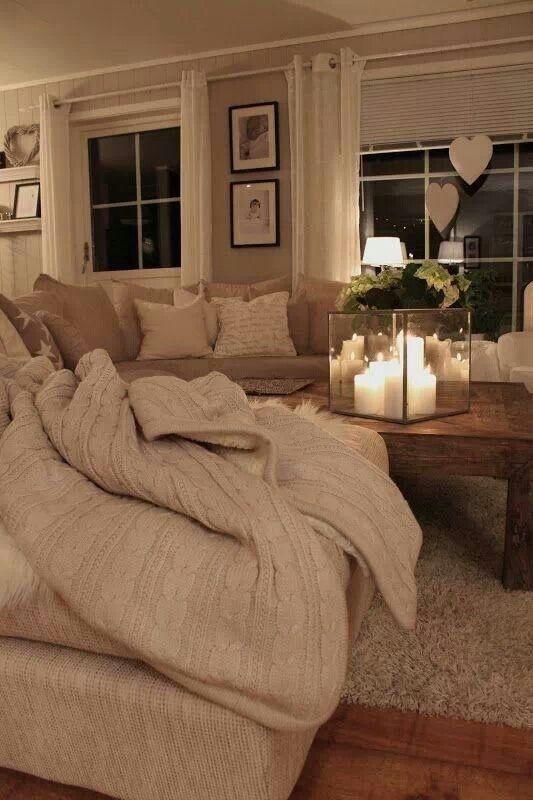 Arredamento soggiorno - Romantico soggiorno chiaro | Romantico ...