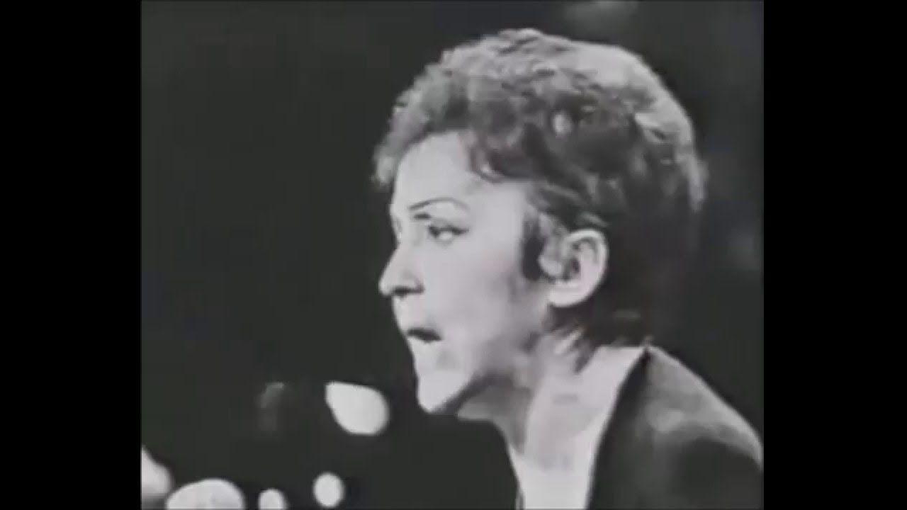 Edith Piaf Non Je Ne Regrette Rien Lyrics Paroles Youtube French Songs Edith Piaf International Music