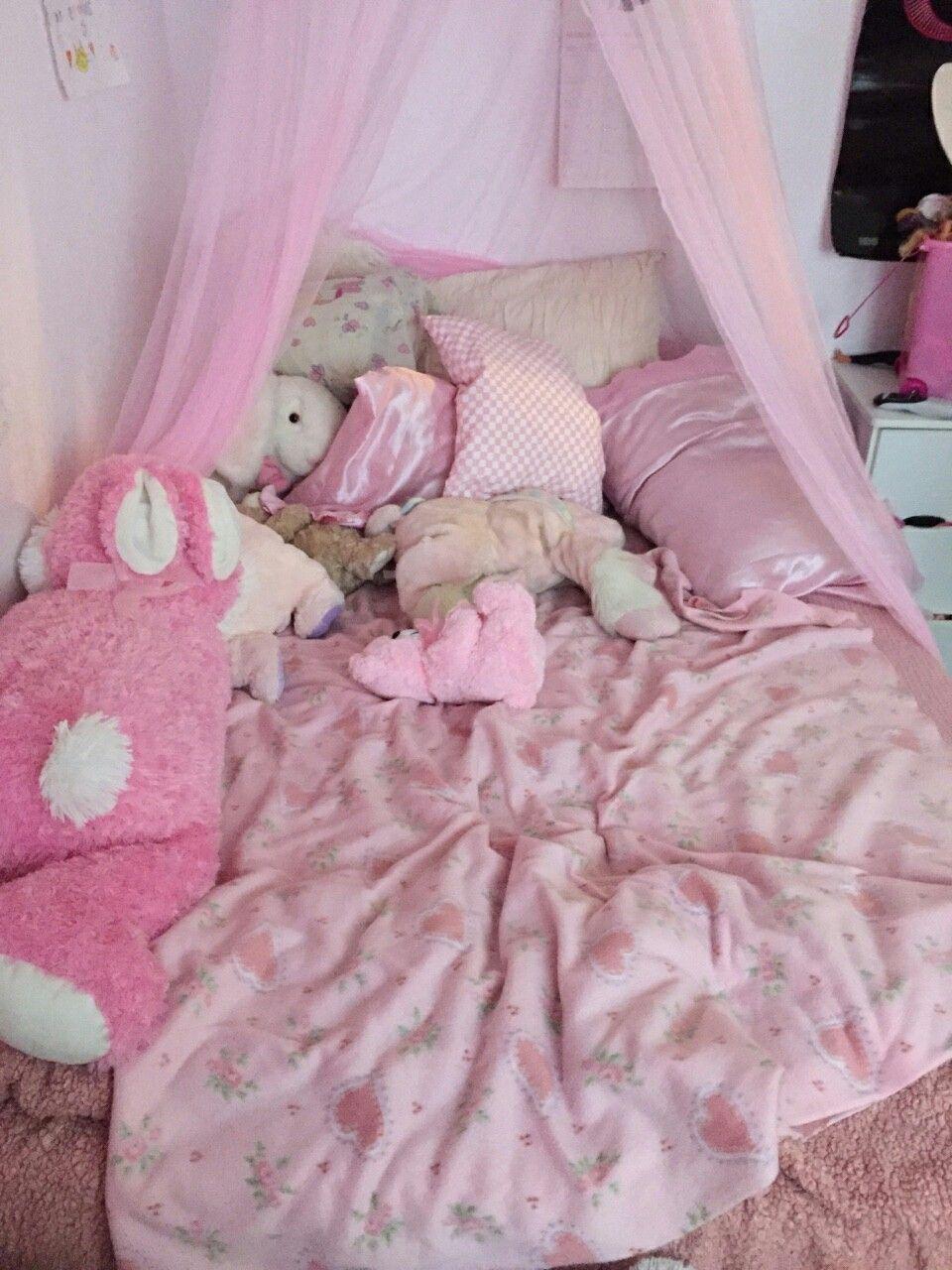 Pin By Mari A On Babydoll Kawaii Bedroom Pastel Room Kawaii