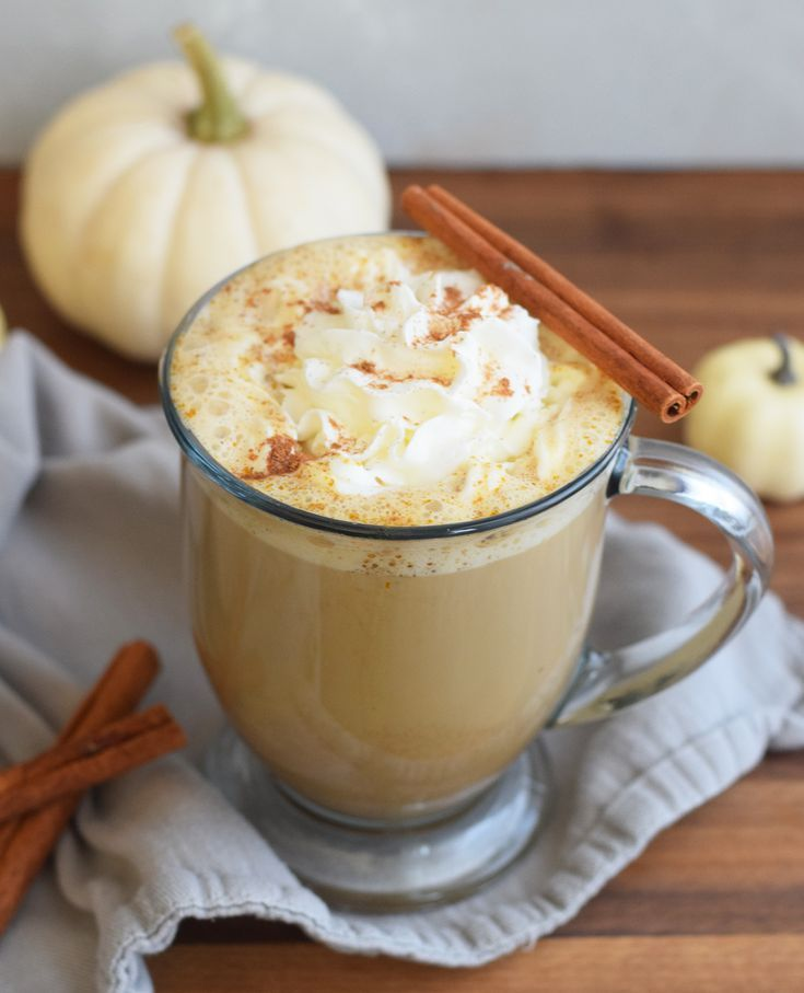 Ditch the Sugar With This Keto-Friendly Pumpkin Spice Latte #pumpkinspiceketocoffee