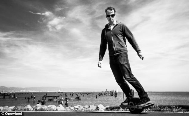 Self-Balancing One Wheeled Skateboard Makes You Feel You Are Hovering In Air