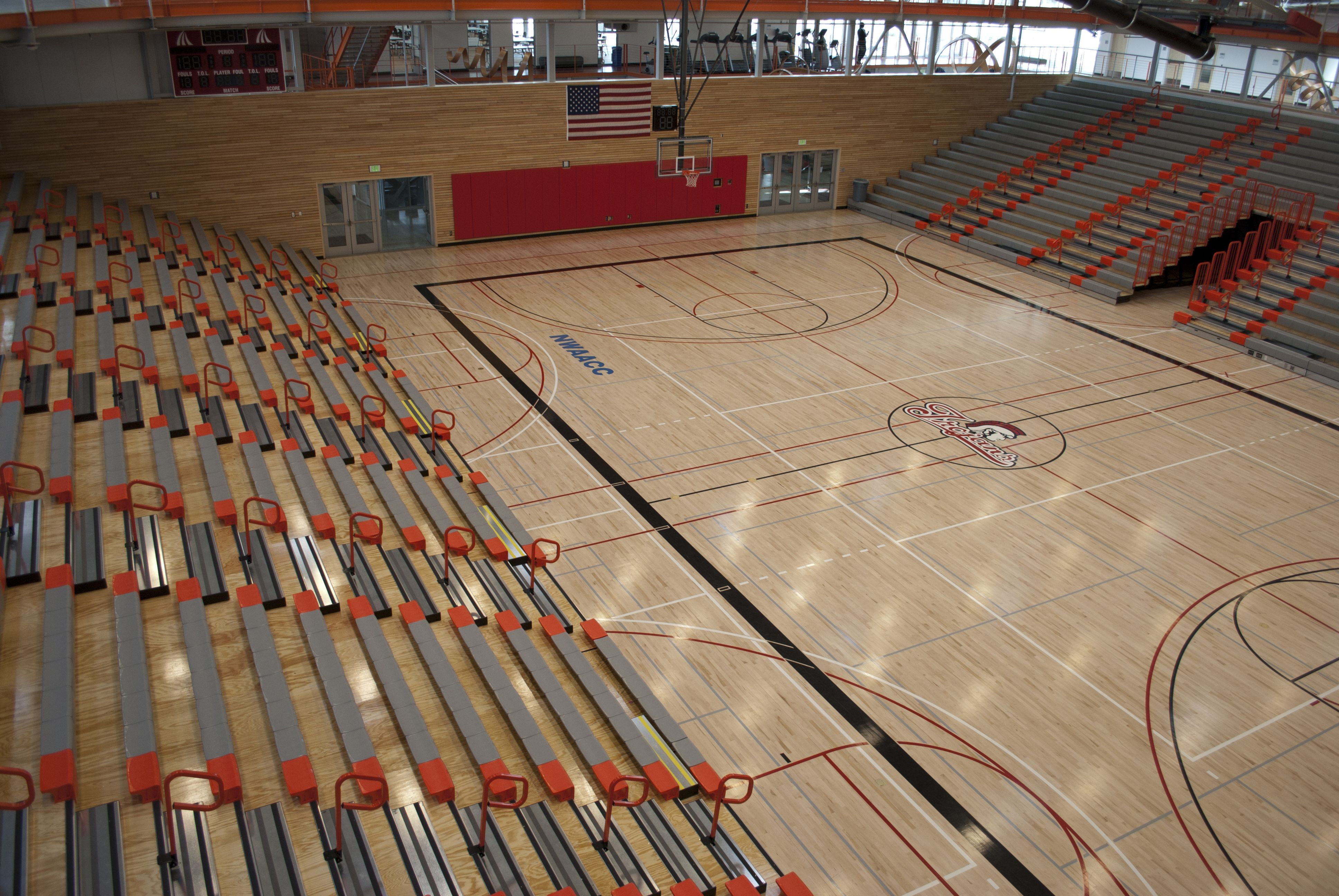 Everett Community College Student Fitness Center The Student Fitness Center Features A Full College Student Fitness Community College Gymnasium Architecture