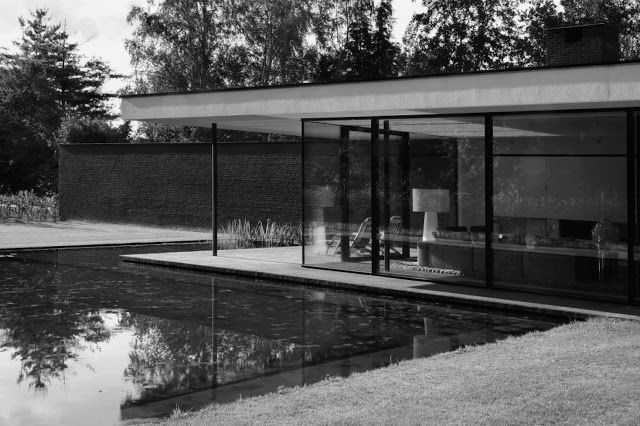 Ultra Modern Glass House Architecture | modern design by moderndesign.org