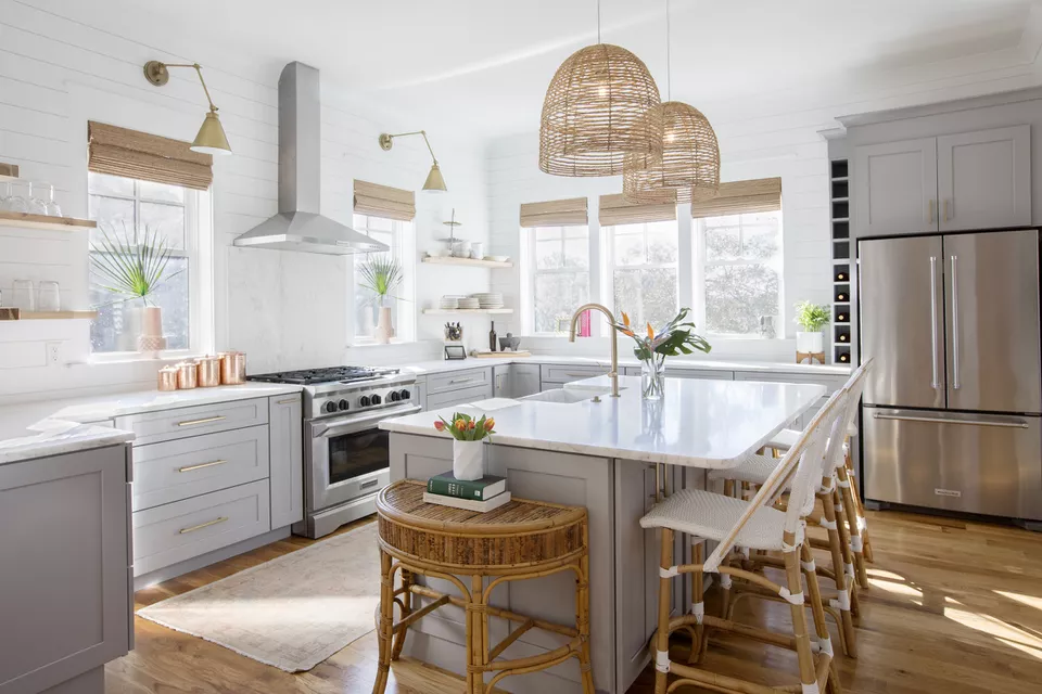 15 best kitchen design trends worth trying in 2020 in 2020 kitchen design trends beach theme on kitchen decor trends id=31396