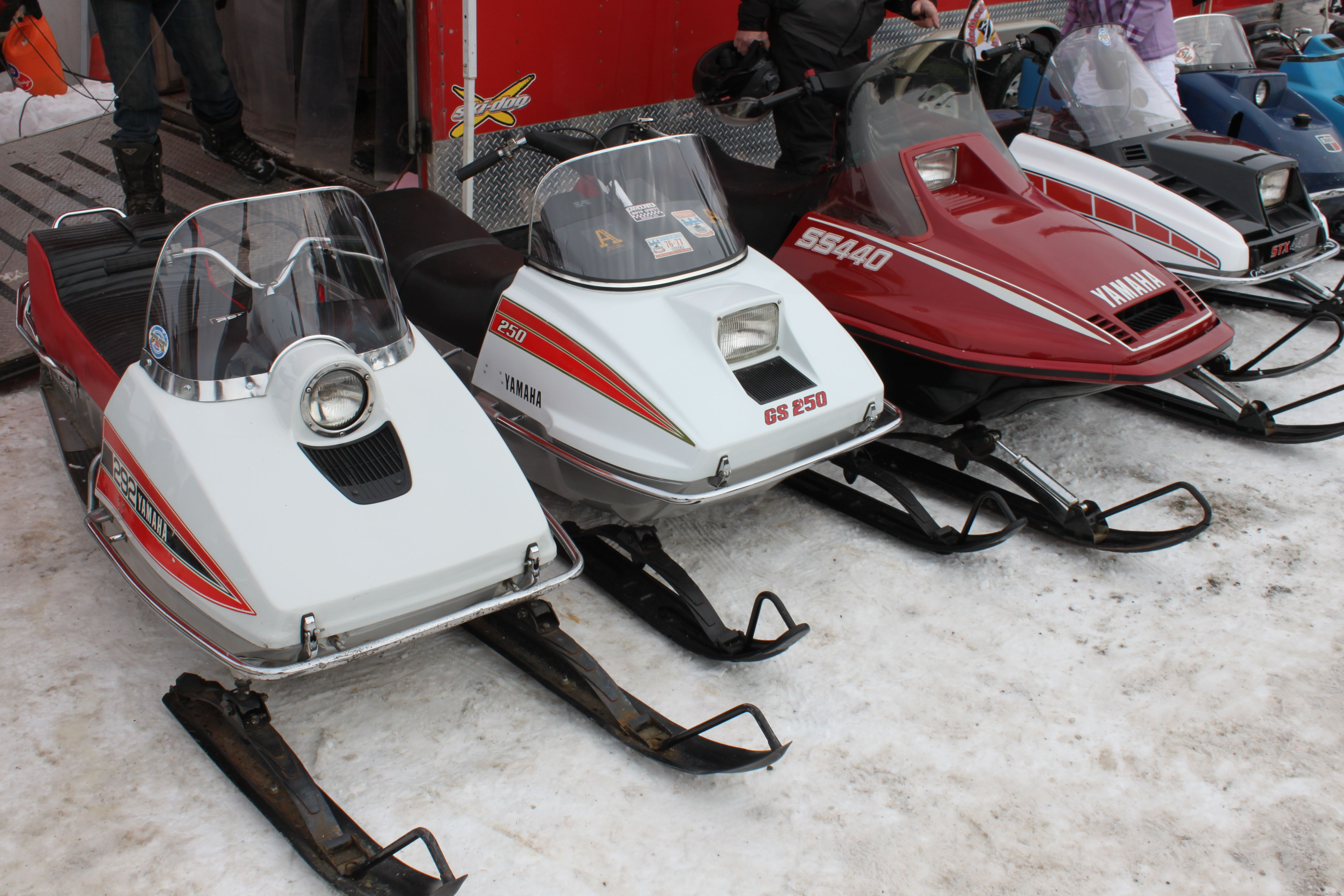 Pin By Mike Riehle On Vintage Snowmobiles Vintage Sled Snowmobile Yamaha