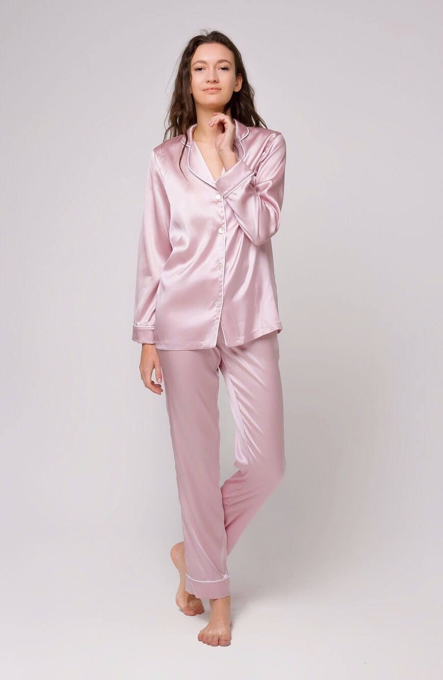 Pearl Pink Silk Pajamas by Serenity. Luxurious and ultimatelly soft ladies  premium quality silk pajama set in new beautiful light pink color. 229587fc7